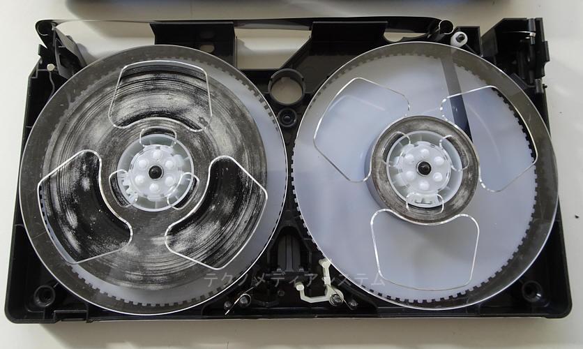 VHS補修前 カビ